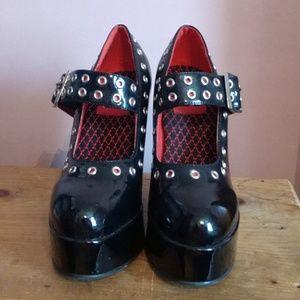 Restricted Black Gothic Platform Shoes Heels
